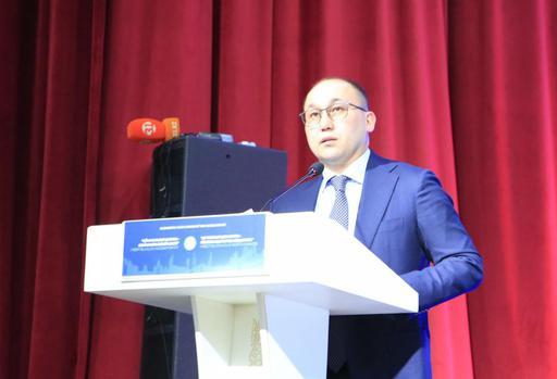 Министр: Форум способствует повышению статуса муфтията и имама (ФОТО)