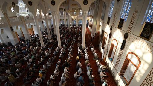В Душанбе из-за коронавируса могут закрыть все мечети