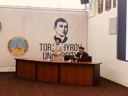 Павлодар: Жолдас Қоспақұлы студенттермен кездесті