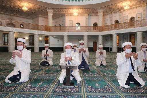 Жамбыл имамдары бас мүфтидің Құран оқу үндеуіне үн қосты (ФОТО)