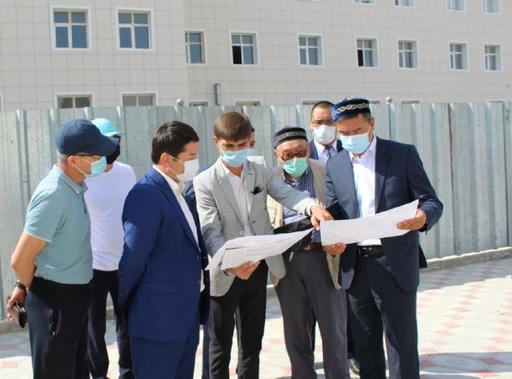 Ақтау әкімі қалалық мешітте болды (Фото)