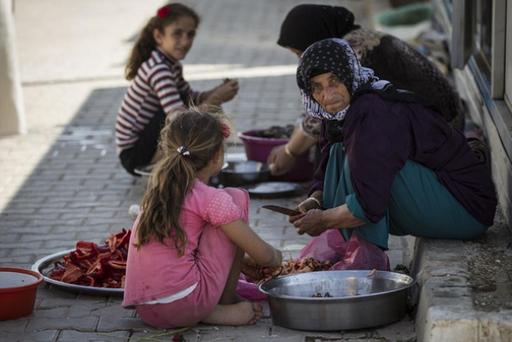 Турция приютила более 2 миллионов беженцев (ФОТО)