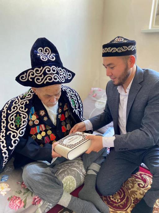 Қызылорда: Соғыс ардагерлеріне құрмет көрсетілді