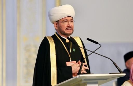 Муфтий Шейх Равиль Гайнутдин поздравил Наурызбая кажы Таганулы с избранием на пост Верховного Муфтия Казахстана