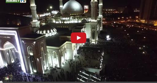 Красивый азан в мечети Хазрет Султан