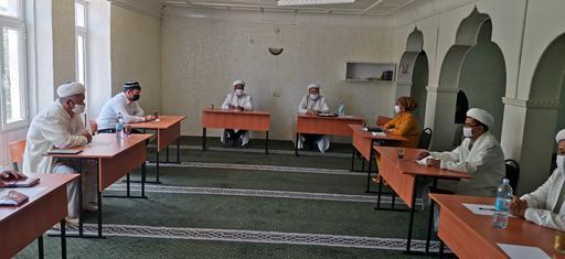 Түркістан: Бас имам Сайрам ауданының дін қызметкерлерімен кездесті