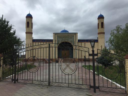 Қарағанды: Жанқұтты би мешіті жөндеуден өтті (ФОТО)