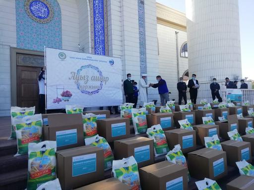 Талдықорған: 300 отбасыға 8 тонна азық-түлік таратылды