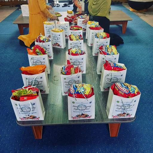 Талдықорған: Ораза айттағы балаларға базарлық
