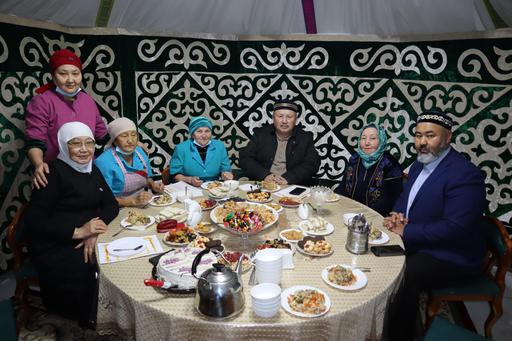 Павлодар: Аға буынға құрмет көрсетті