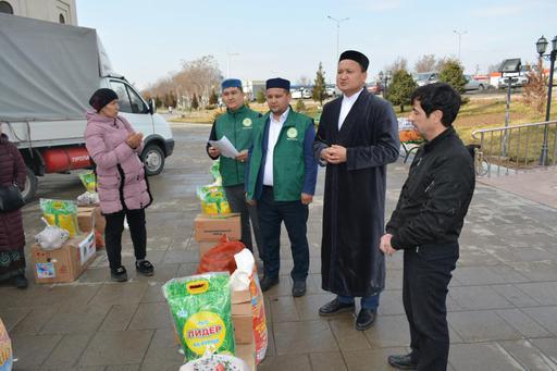 Шымкент: Көпбалалы отбасыларға азық-түлік таратылды