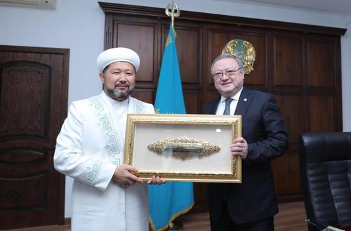 Наиб мүфти облыс әкімімен кездесті