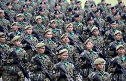 Филиппинде бүтін әскер исламды қабылдады (ВИДЕО)