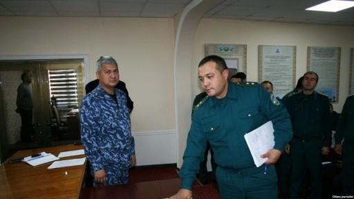 Өзбек полицейлері Құран ұстап ант берді
