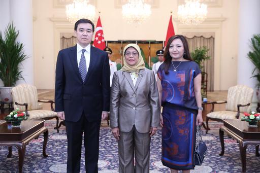 Қазақстан Елшісі Сингапур Президентіне сенім грамоталарын тапсырды